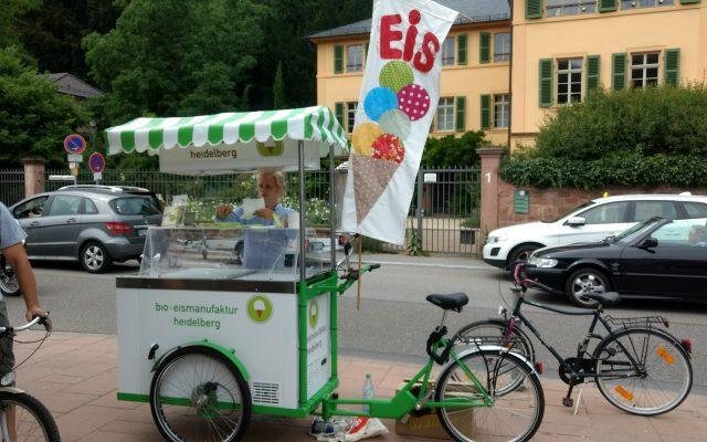 Bio Eismanufaktur Heidelberg Eisfahrrad am Neckar